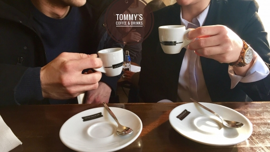 TOMMYS COFFE & DRINKS